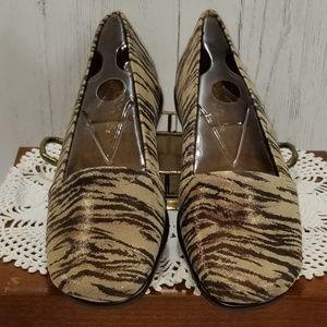 c2cf37dea25 Aerosoles Shoes - Aerosoles Ladies Girls Loafers Sz 7M Mr. Softee